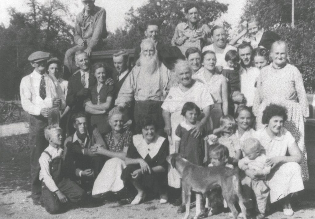 E. L. and Dora Thomas (center) at a family reunion in the 1930s. Maurice, Dewey's father, can be seen in the picture above E. L. Thomas, the man with the long beard. Submitted photo.