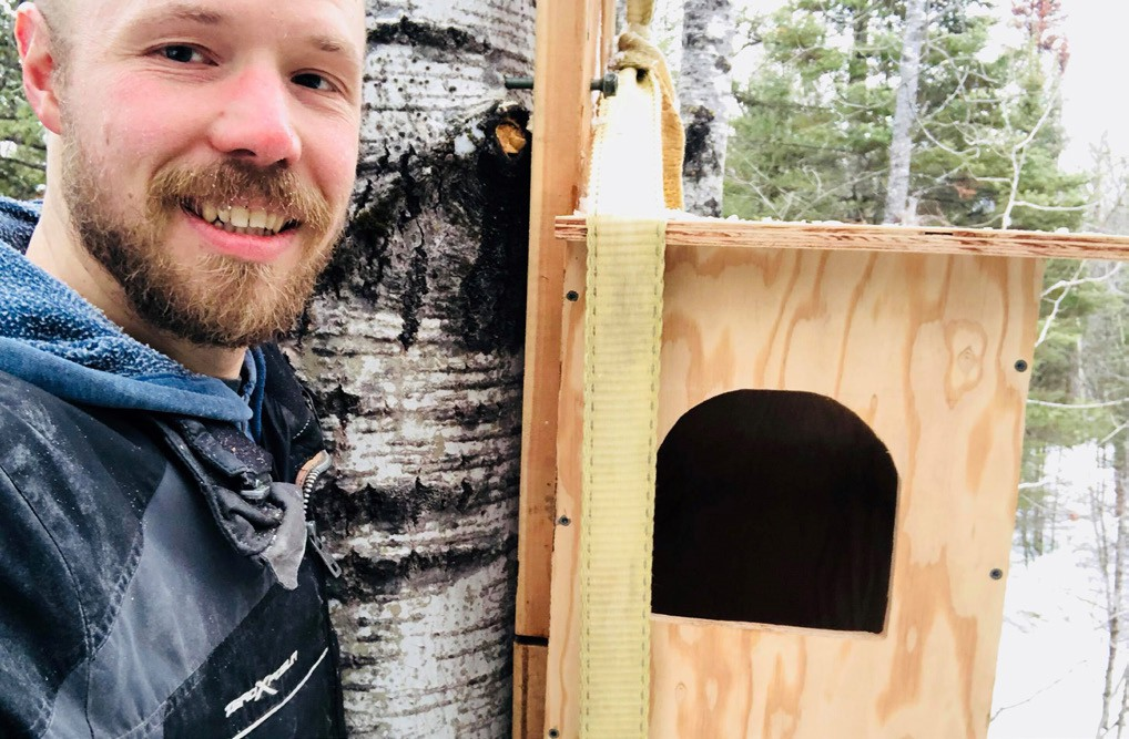 Mykl Warwas owns and operates a guest house in rural Eveleth. One of the many attractions are the birding opportunities he and his family have encouraged on the property. Submitted photos.