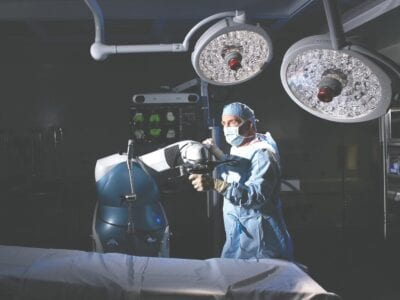 Robot aids surgeries at Essentia Health-Virginia