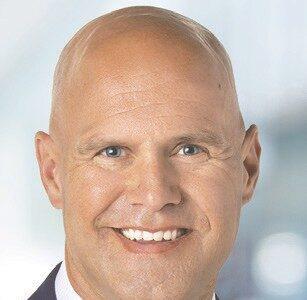 Virginia native hired as bank vice president